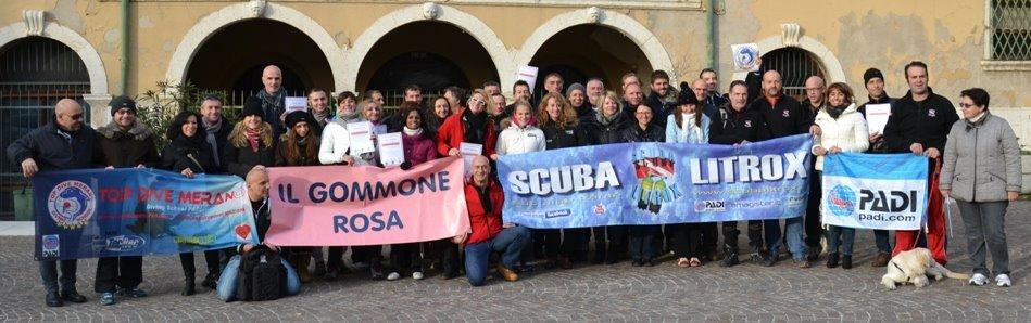I partecipanti del Gommone Rosa al termine dell'immersione